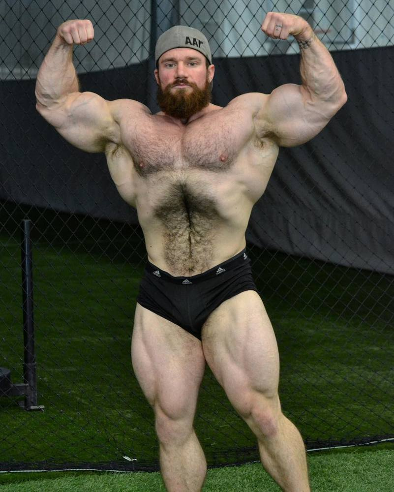 Muscle men posing nude eddy is fresh to all 4