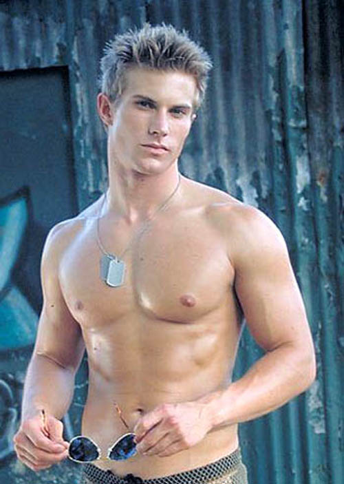 fitness-model-international-chris-austad-1.jpg