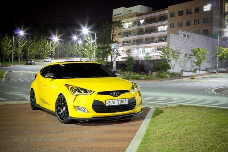 hyundai-veloster-yellow-sequence-hre-p40-black-7.jpg