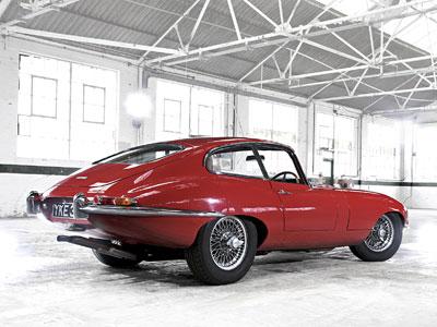 jaguar-e-type-25-01-11.jpg