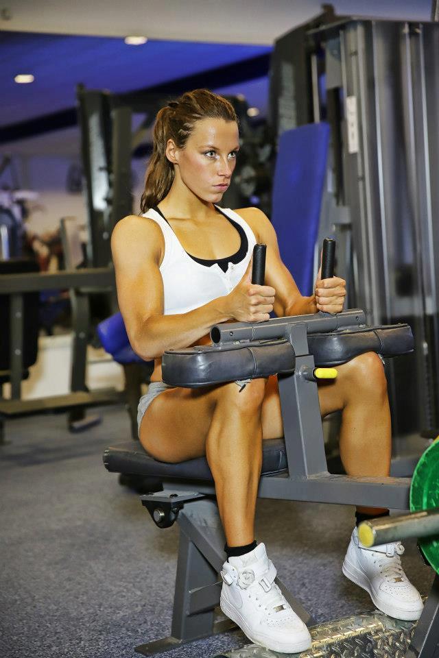 Michelle-Heuts-Fitness-Figure-IFBB-Atlete-Nederland-23.jpg